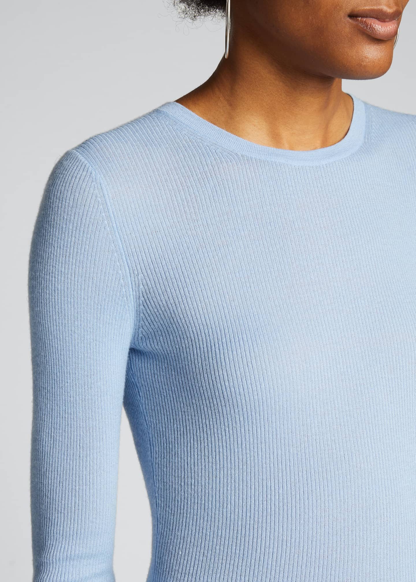 Image 4 of 4: Crewneck Featherweight Cashmere Sweater