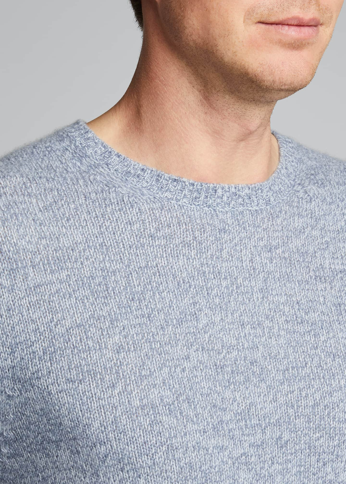 Image 4 of 5: Men's Solid Cashmere Crewneck Sweater