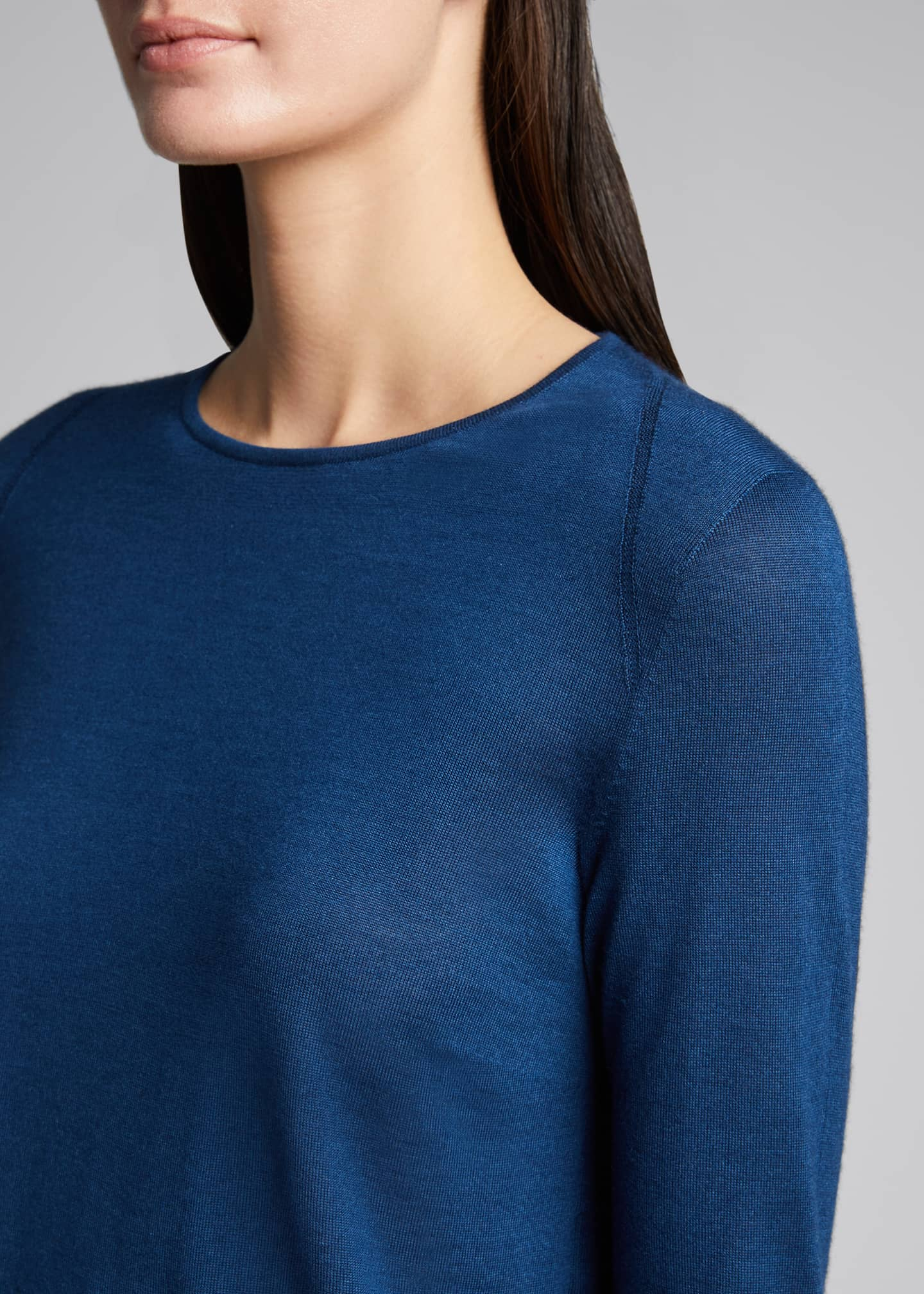 Image 4 of 5: Cashmere-Silk Knit Long-Sleeve Pullover