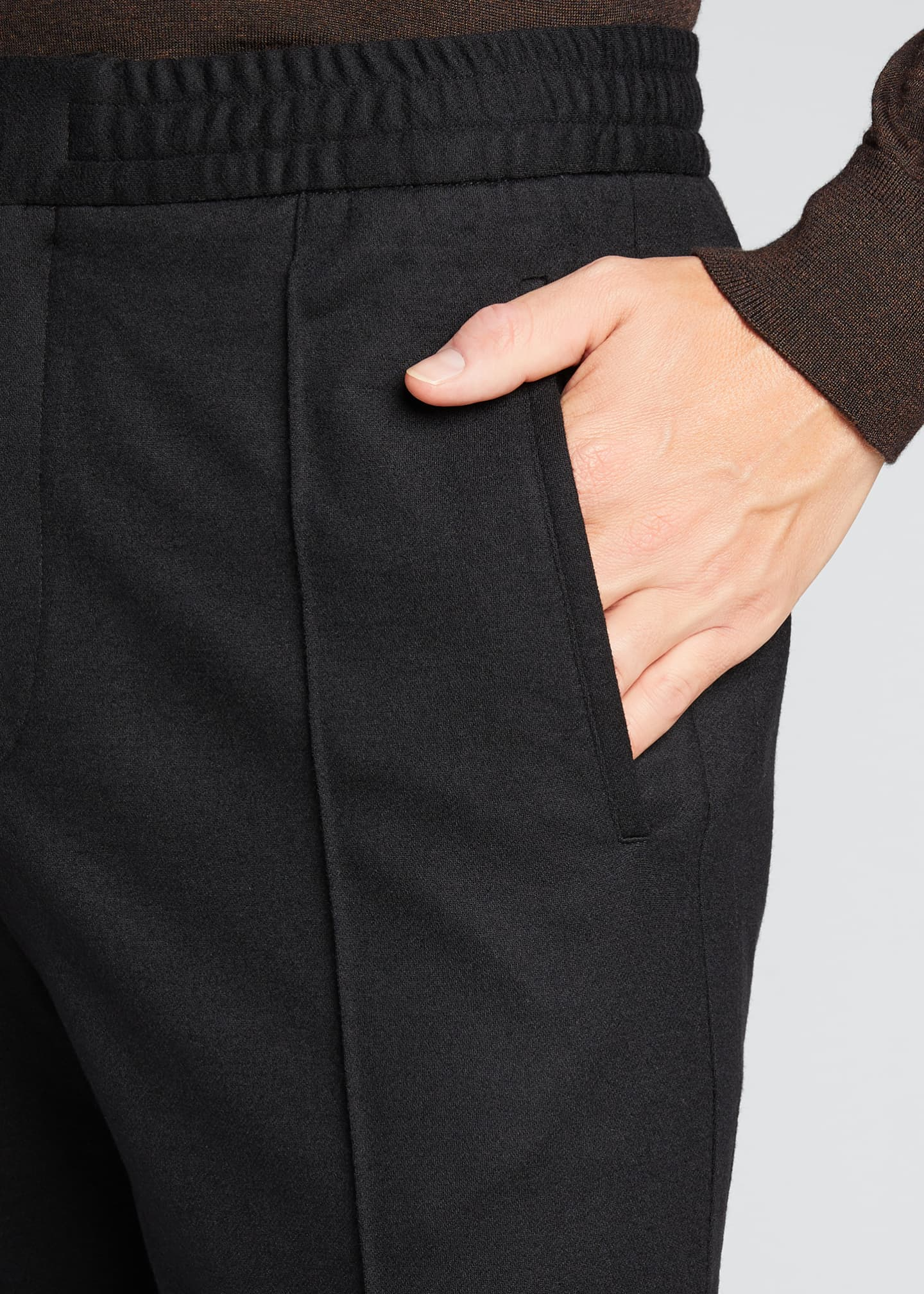 Image 4 of 5: Men's Solid Wool Jogger Trousers