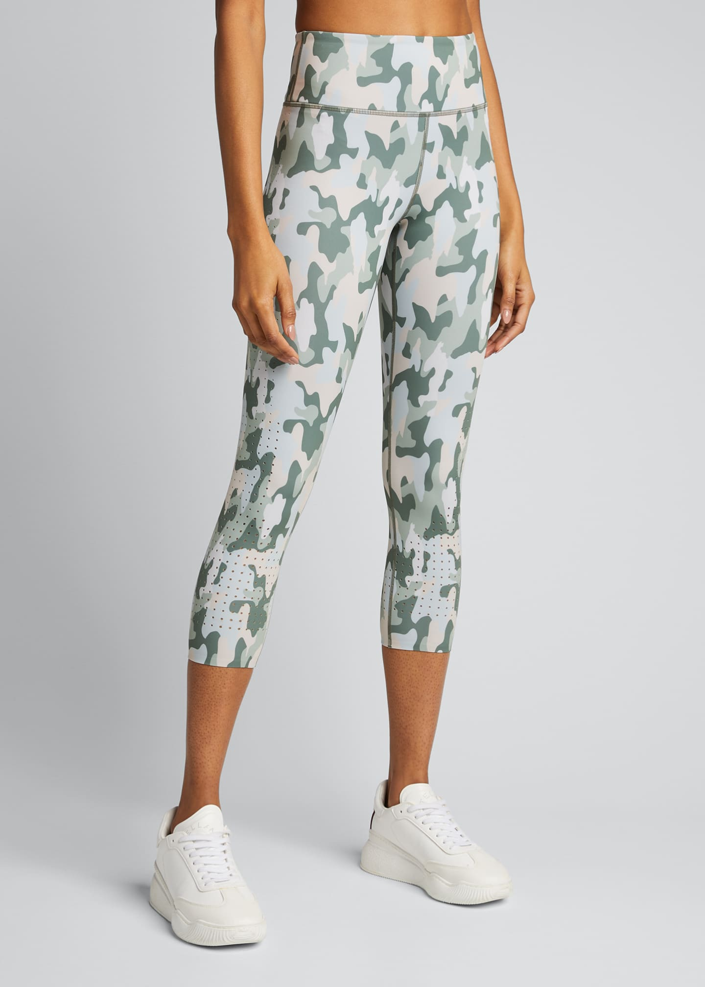 Image 3 of 5: Freedom Camo Active Crop Leggings
