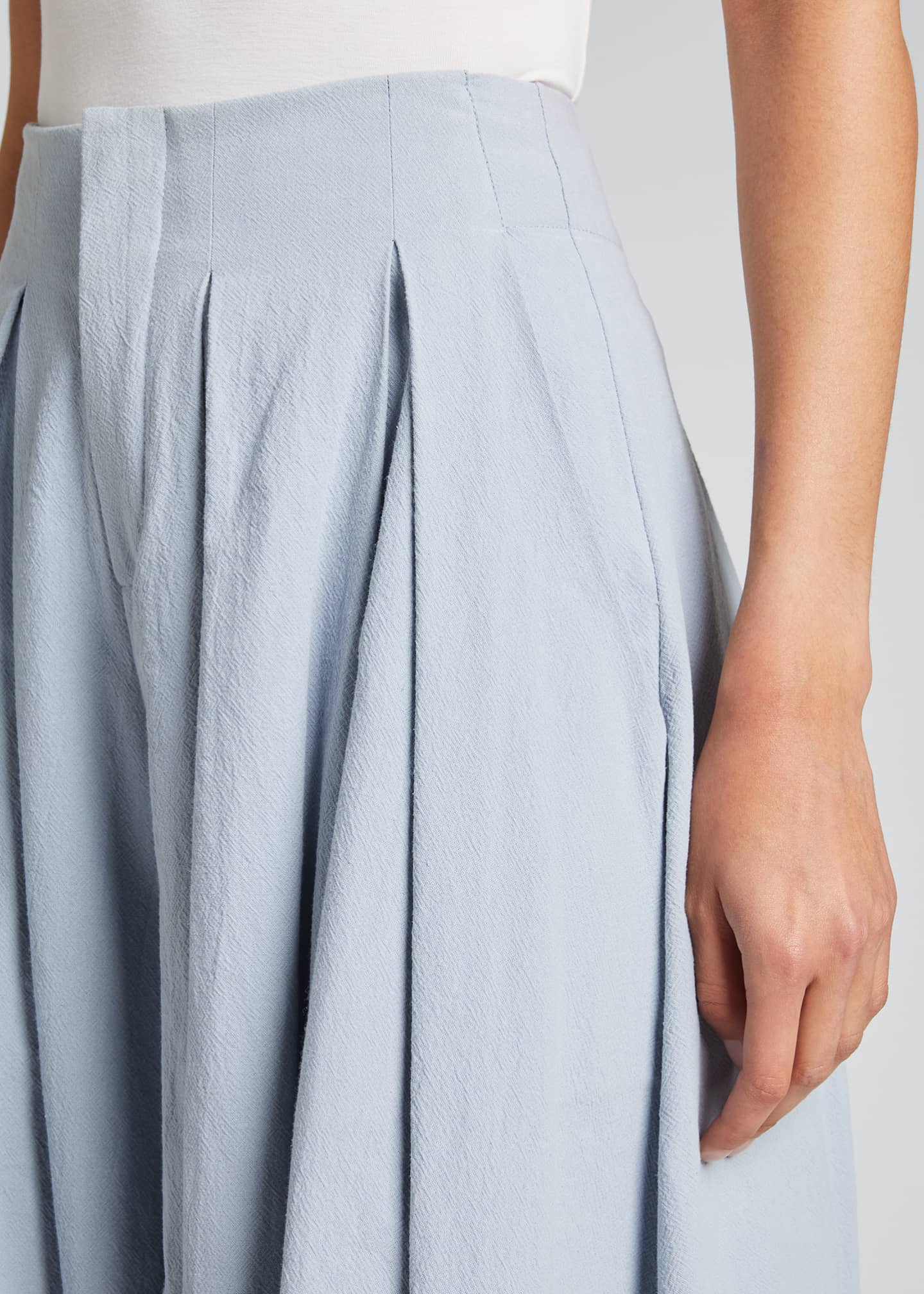 Image 4 of 5: Cordella Pleated Culotte Pants