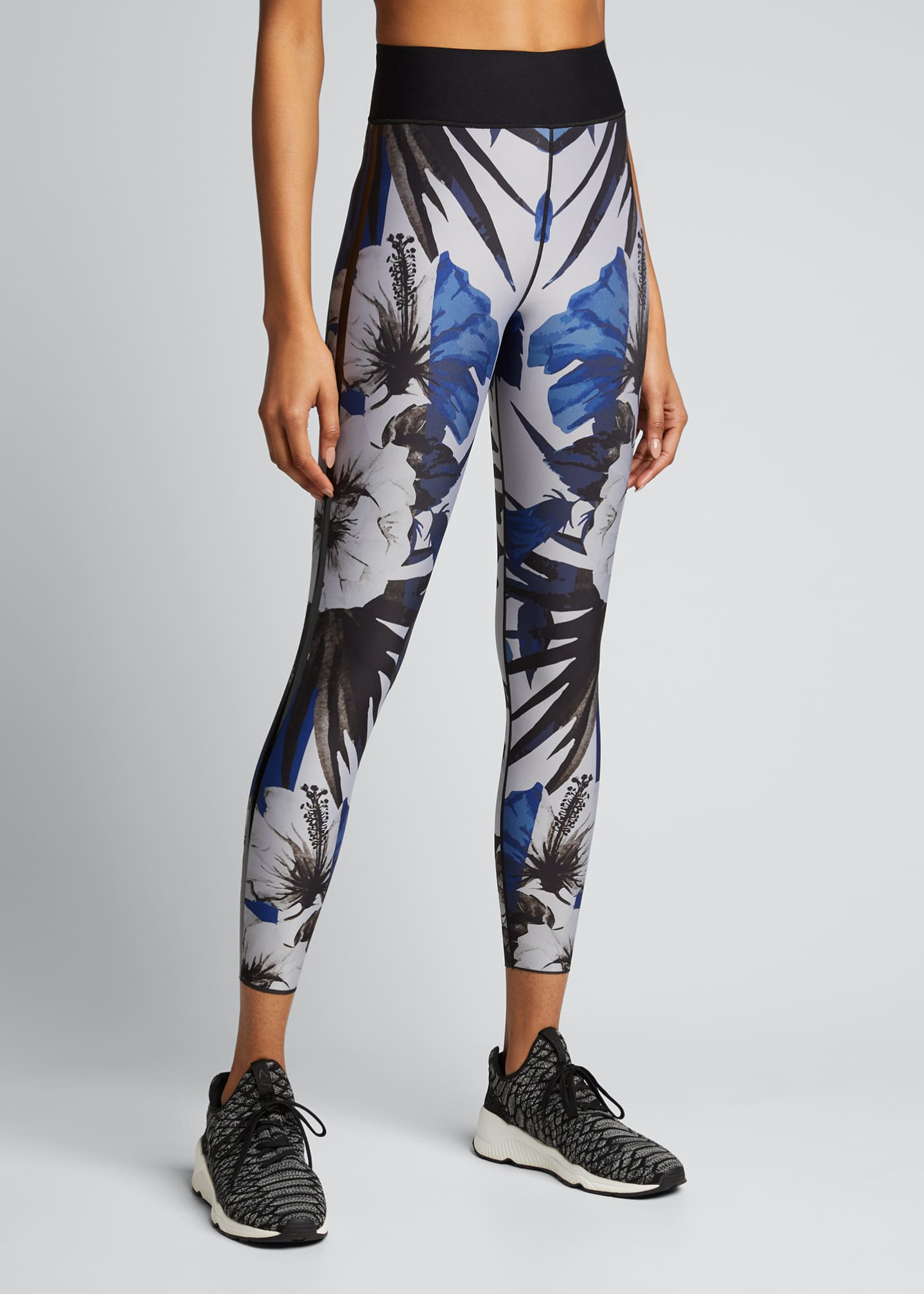 Image 3 of 5: Hibiscus Ultra High-Waist Leggings