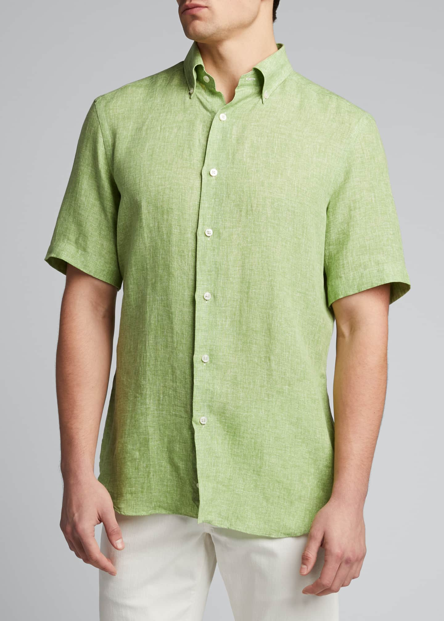 Image 3 of 5: Men's Solid Short-Sleeve Yarn-Dyed Sport Shirt
