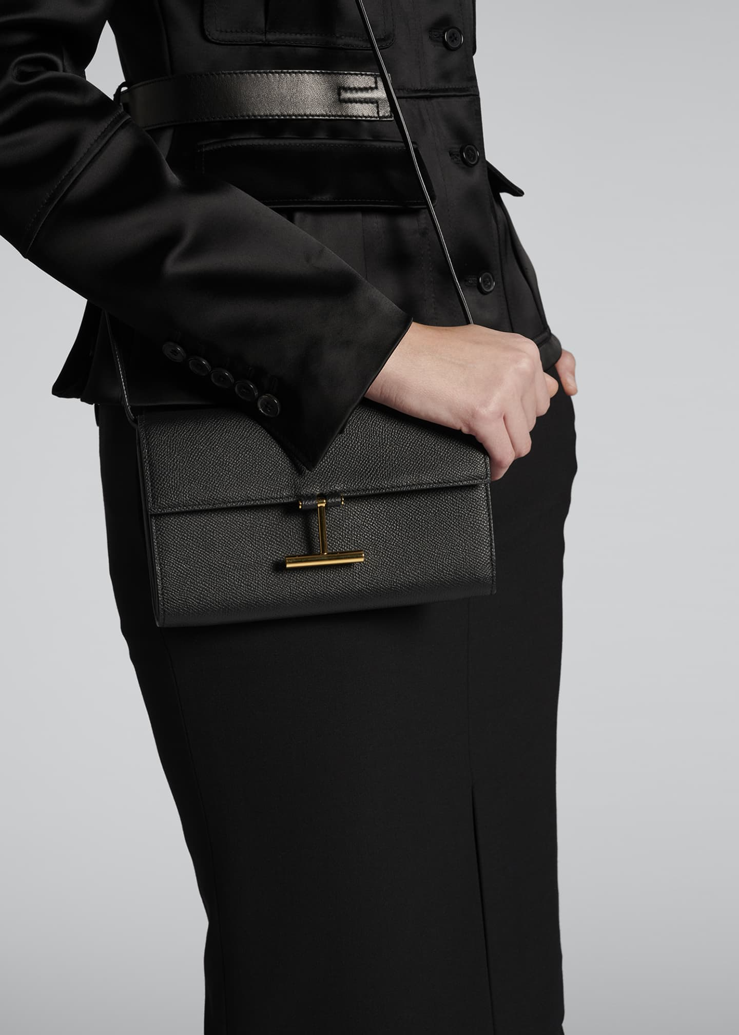 Image 2 of 5: Tara Alpina Grain Calf Wallet on Chain