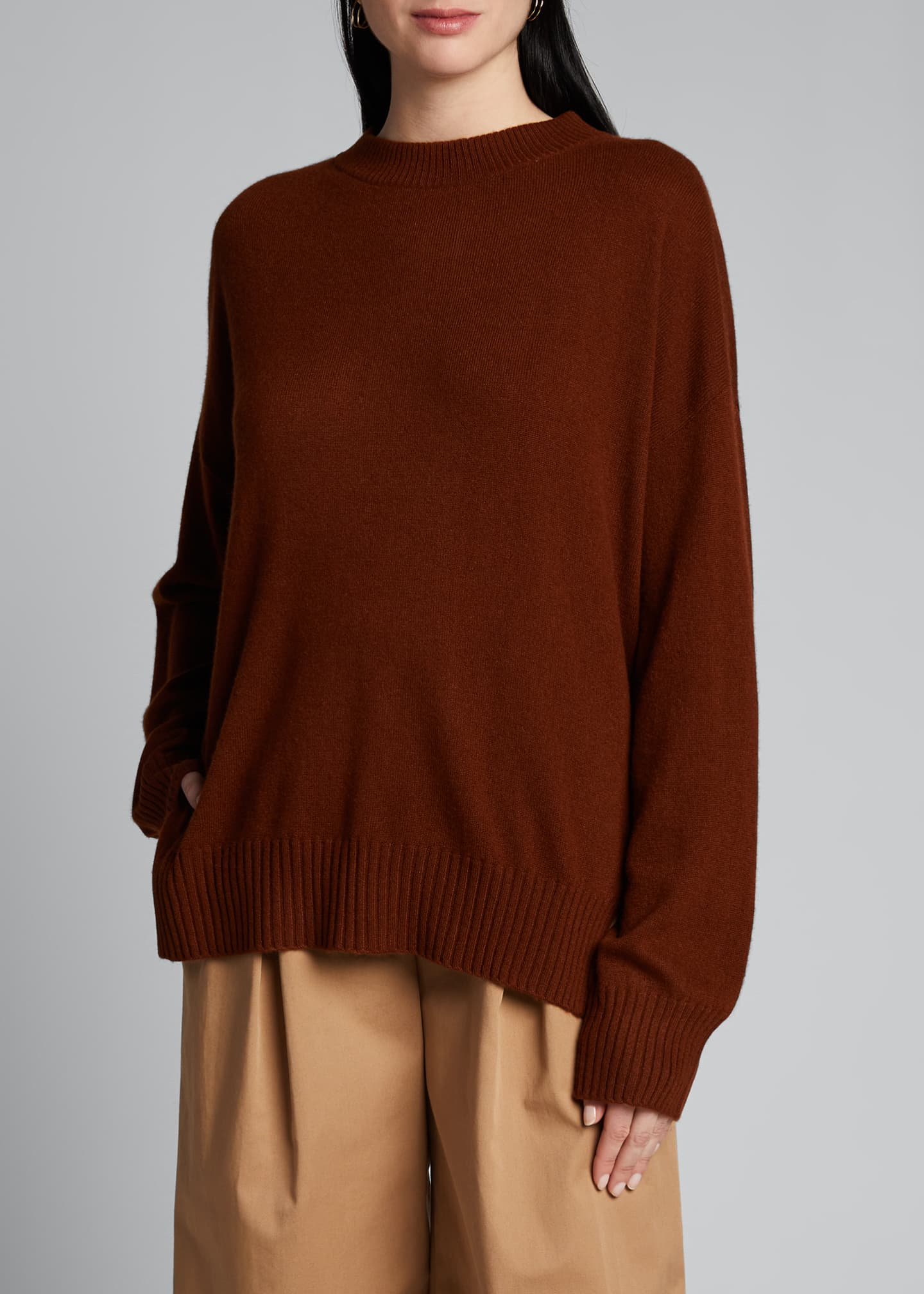 Image 3 of 5: Cashmere Crewneck Sweater