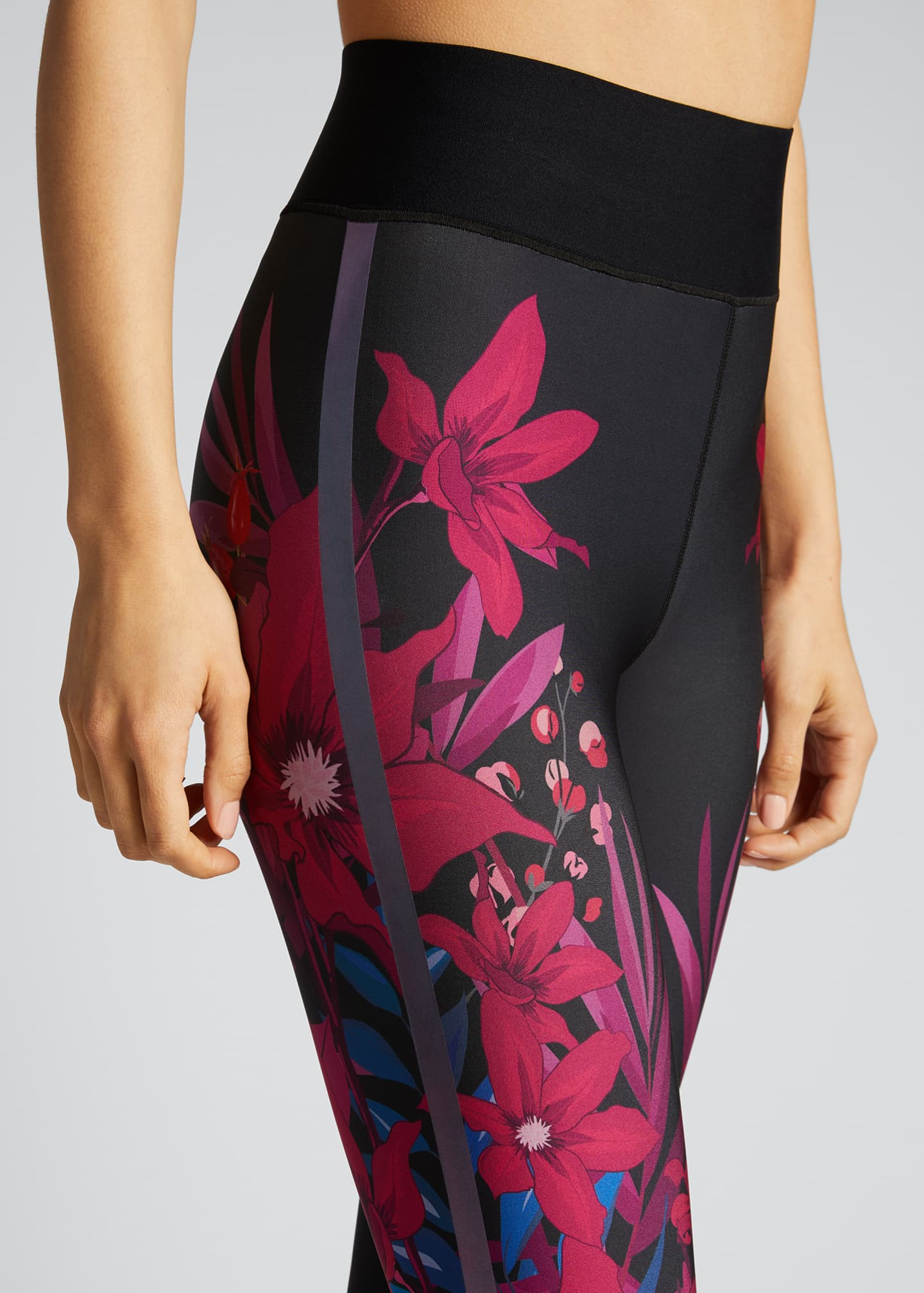 Image 4 of 5: Bouquet Ultra-High Leggings