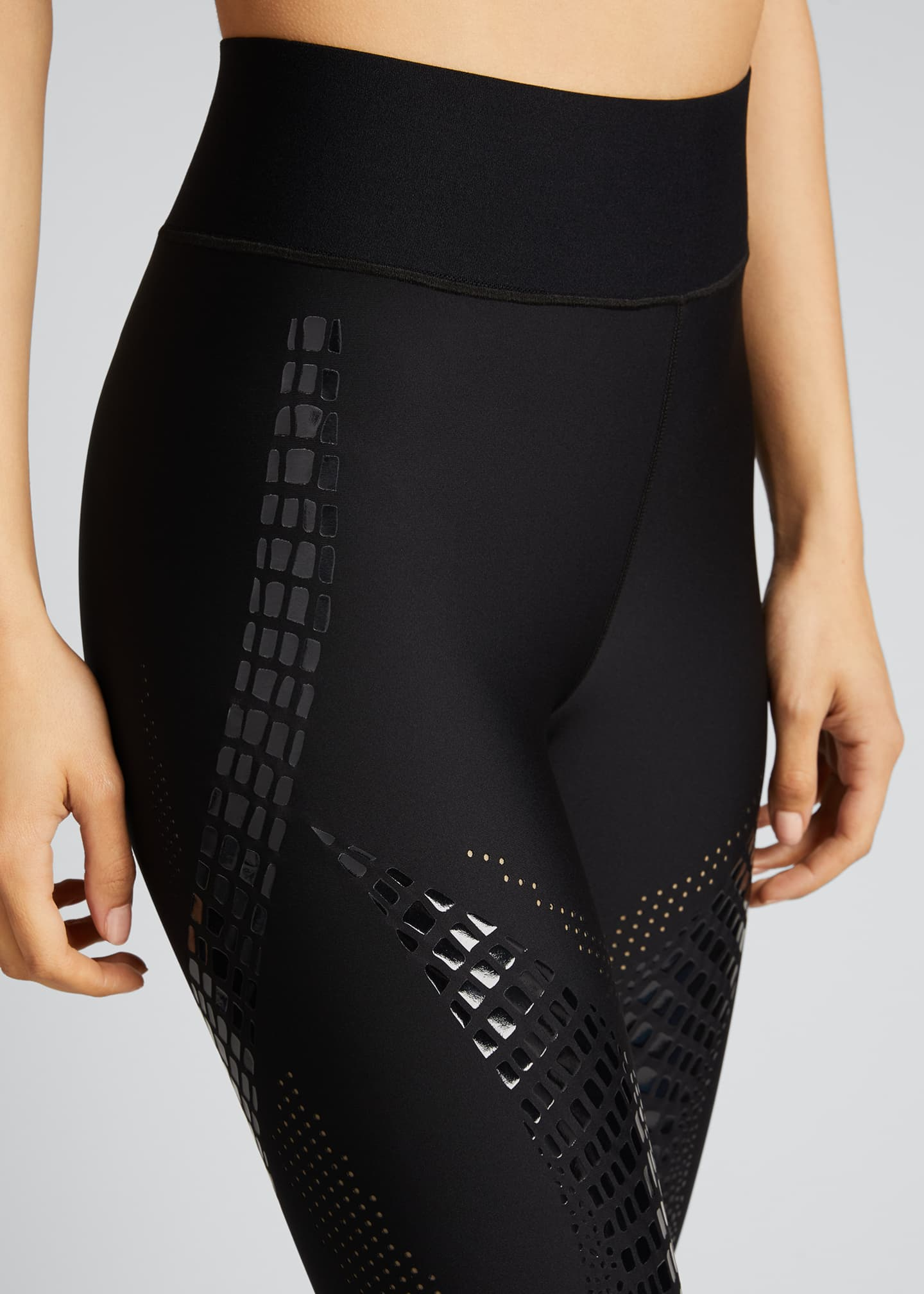 Image 4 of 5: Croc Palisades Ultra-High Leggings