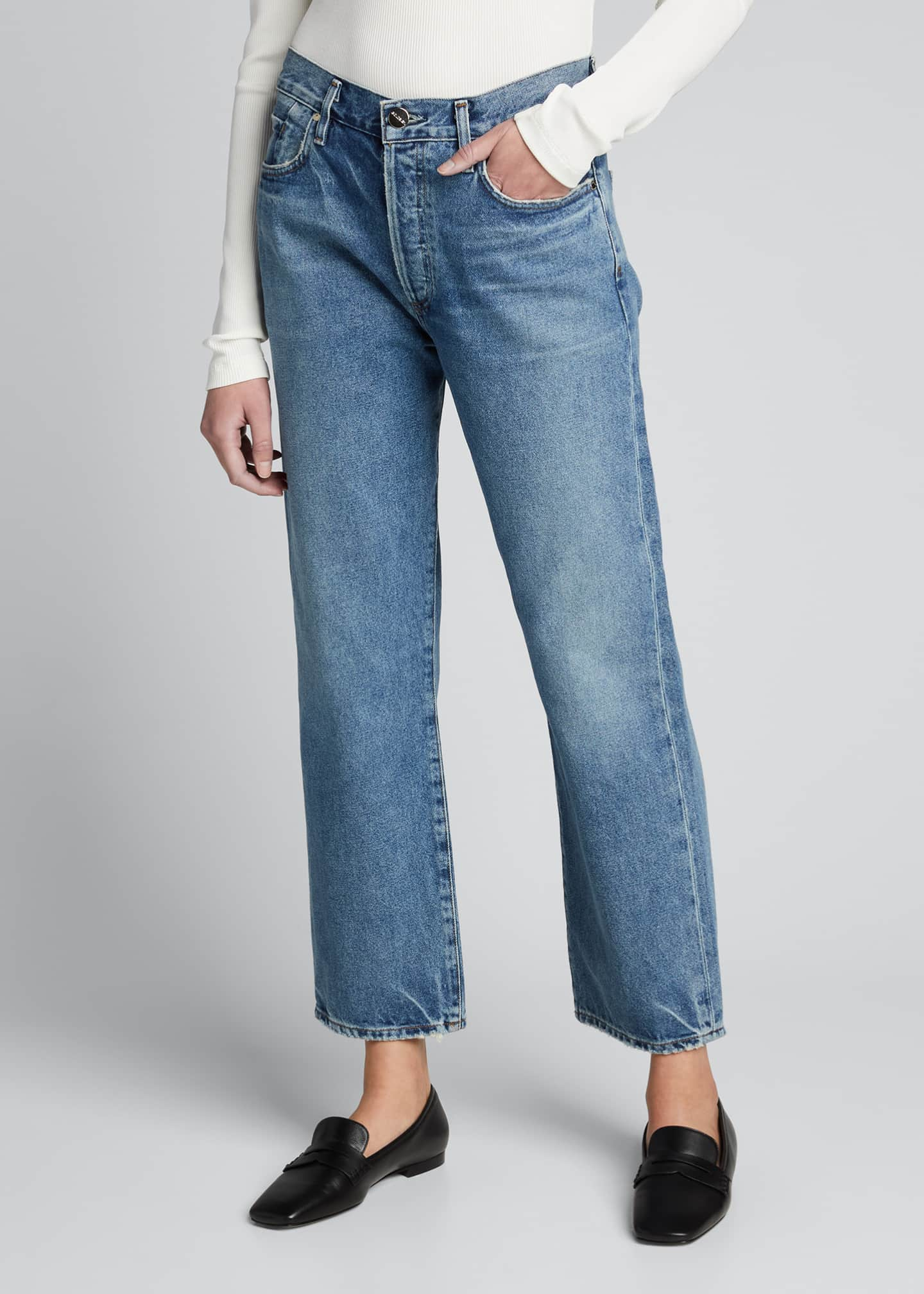 Image 3 of 5: The Relaxed Straight-Leg Jeans