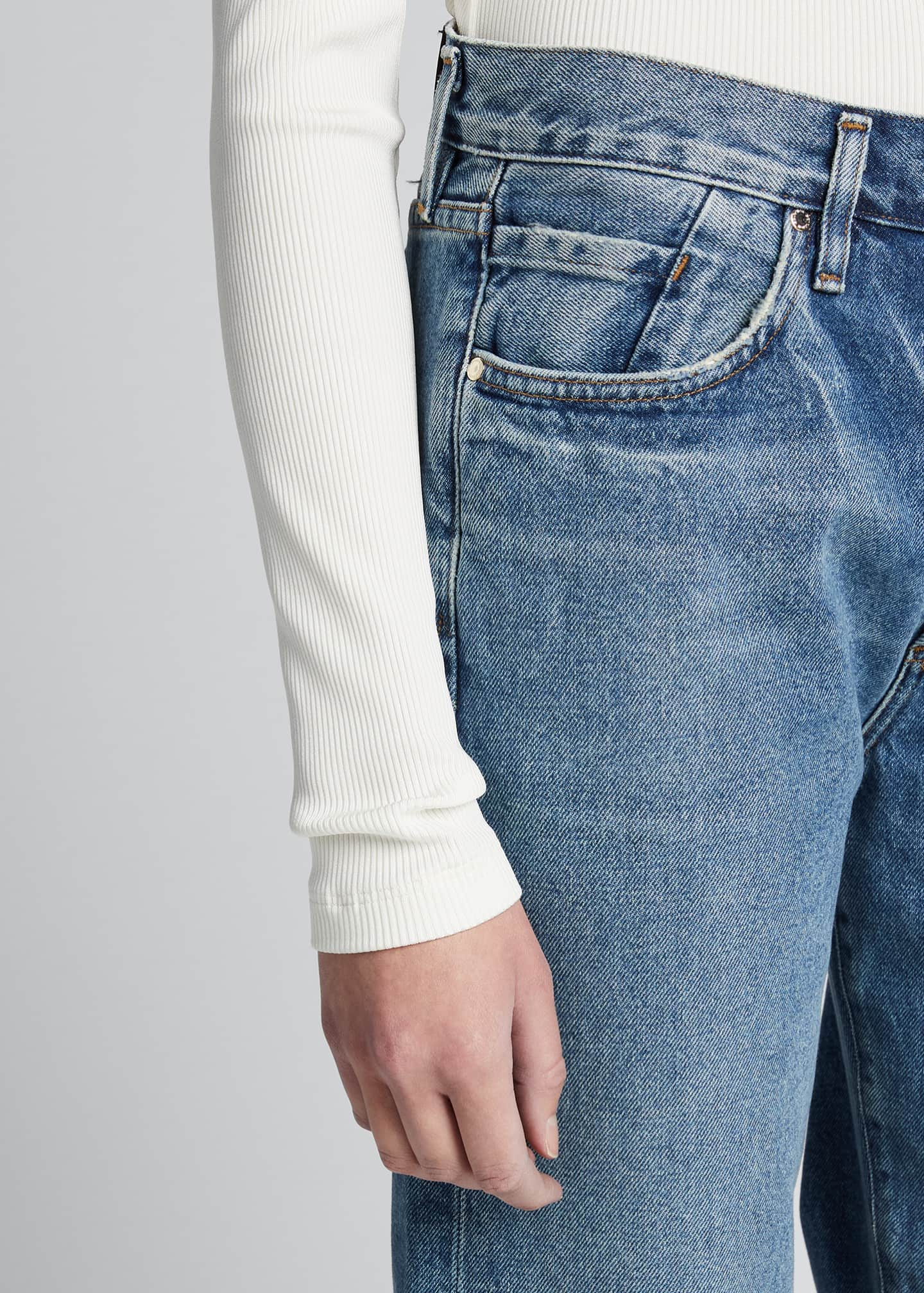 Image 4 of 5: The Relaxed Straight-Leg Jeans