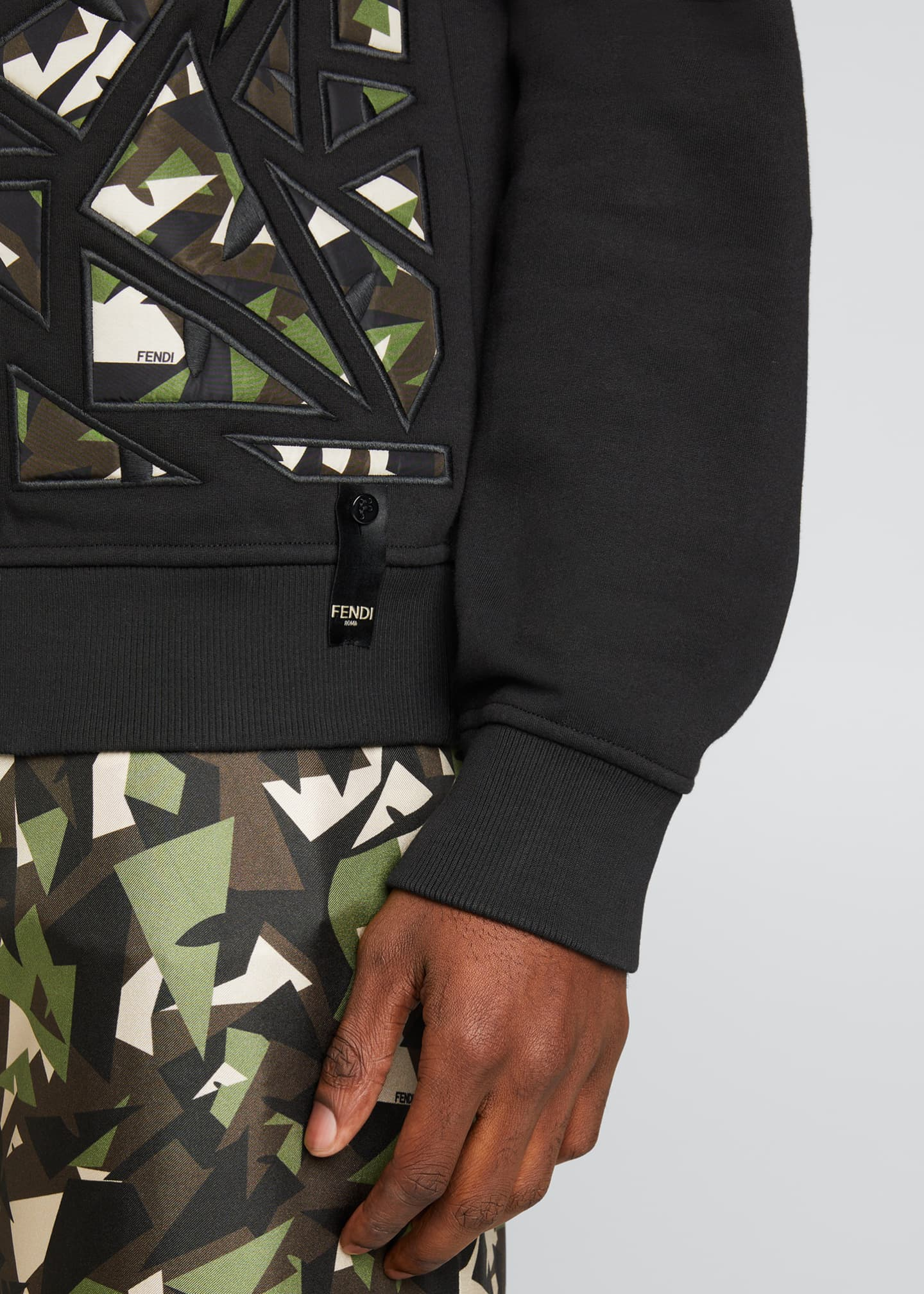 Image 4 of 5: Men's Camo Bugs Pieced Sweatshirt