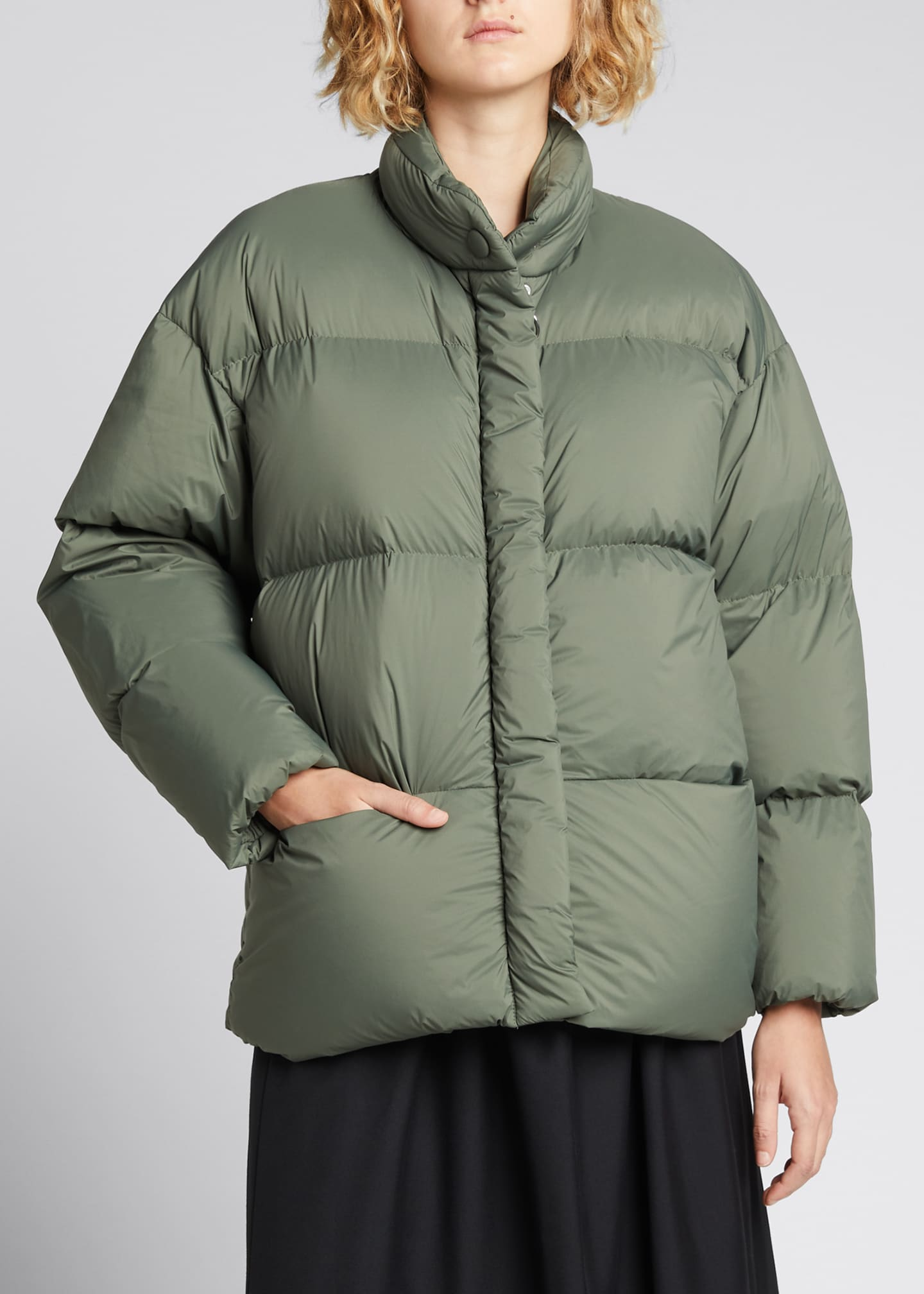 Image 3 of 4: Cloud Oversized Puffer Jacket