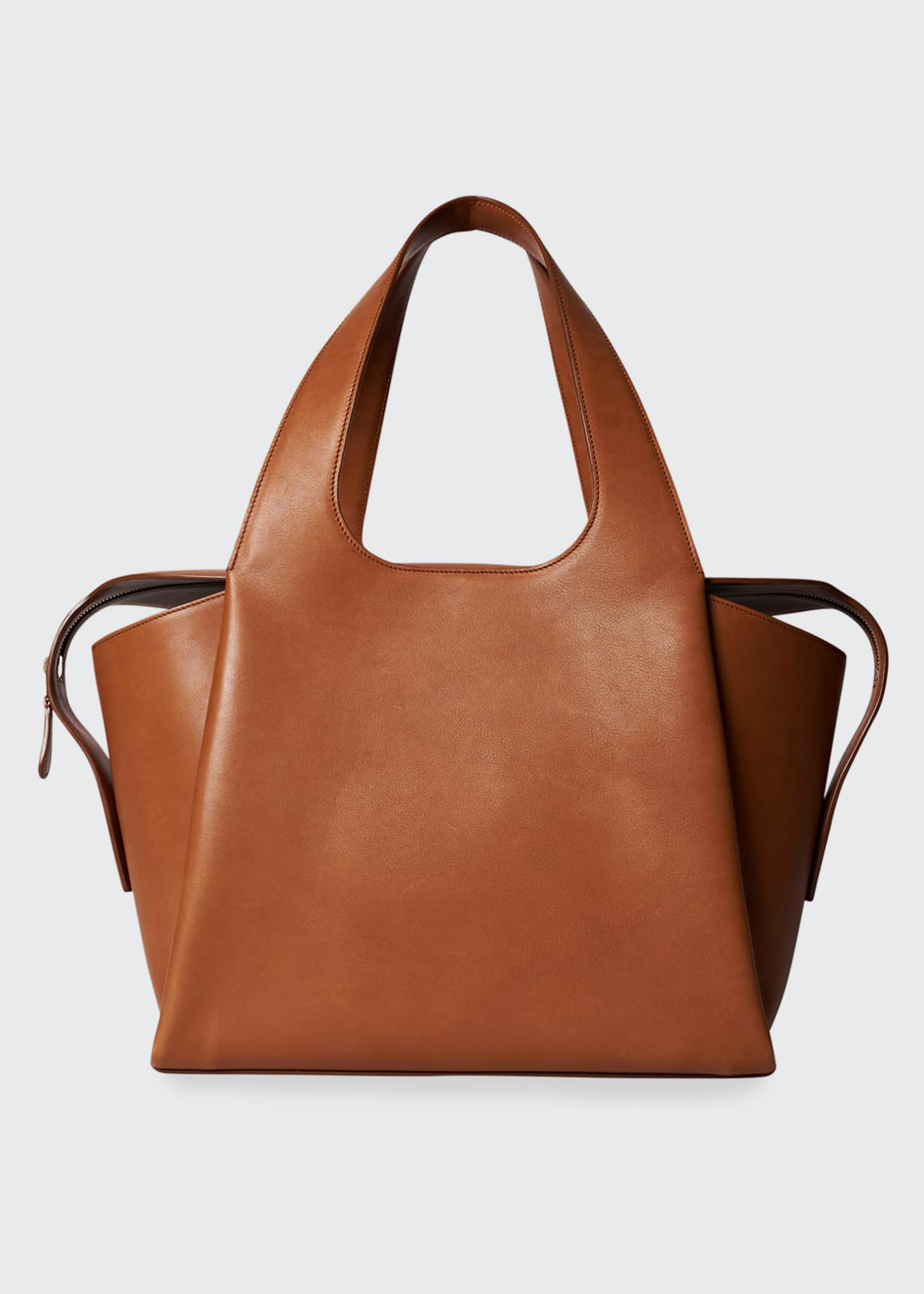 Image 1 of 3: Large TR1 Bag in Calfskin Leather