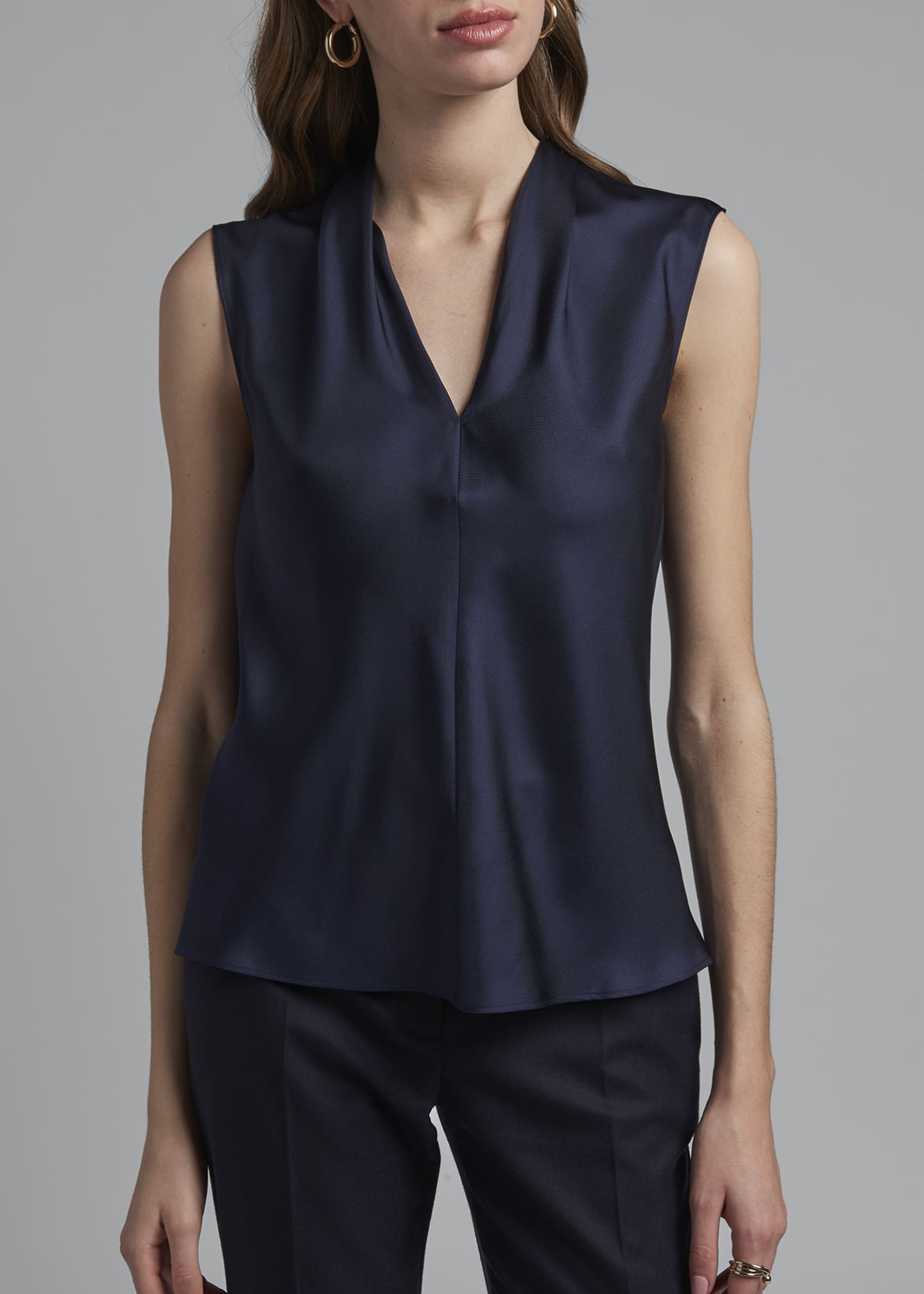 Image 4 of 4: Eternal Silk Twill Sleeveless Shell