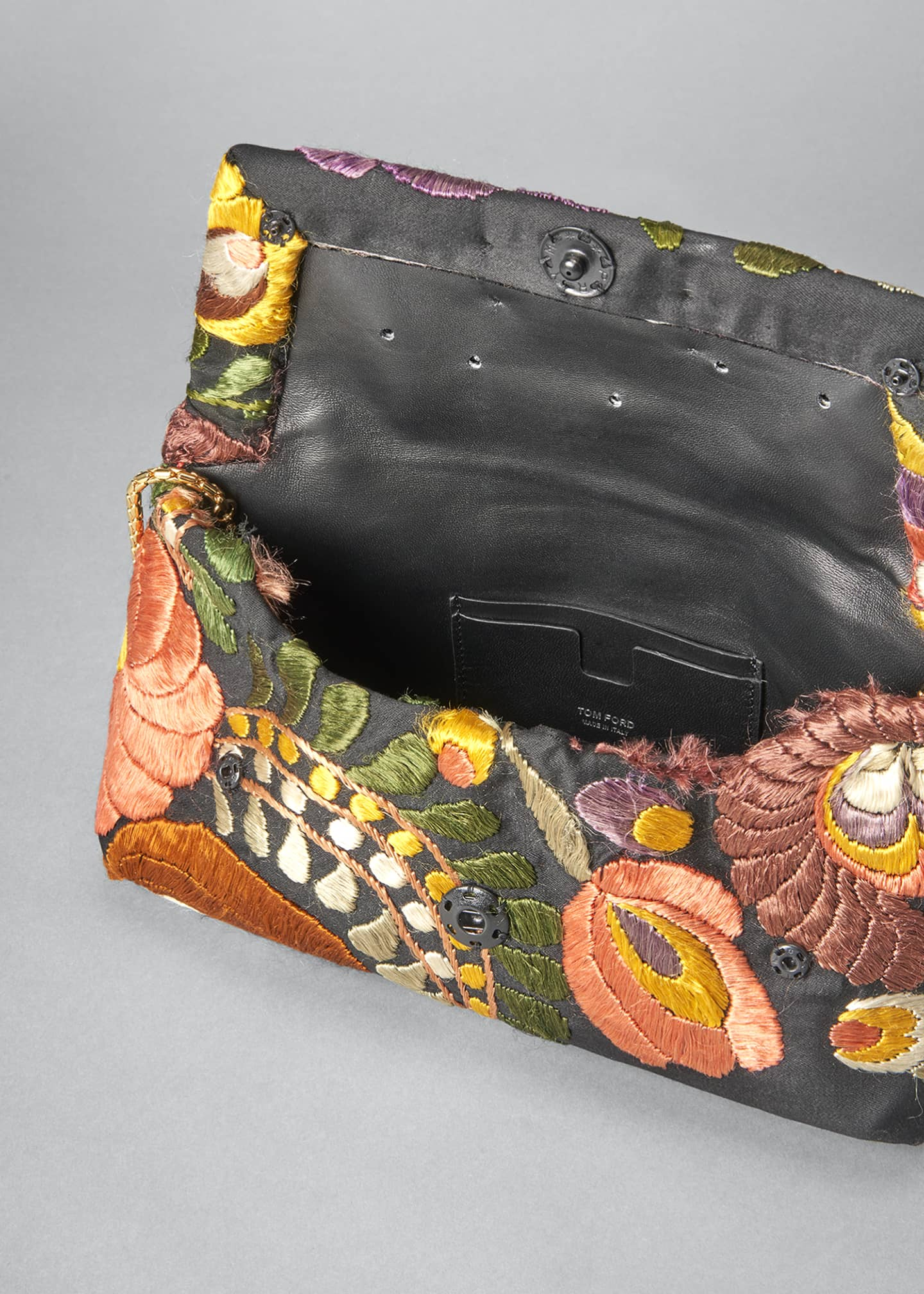 Image 4 of 5: Small Label Floral Embroidered Shoulder Clutch Bag