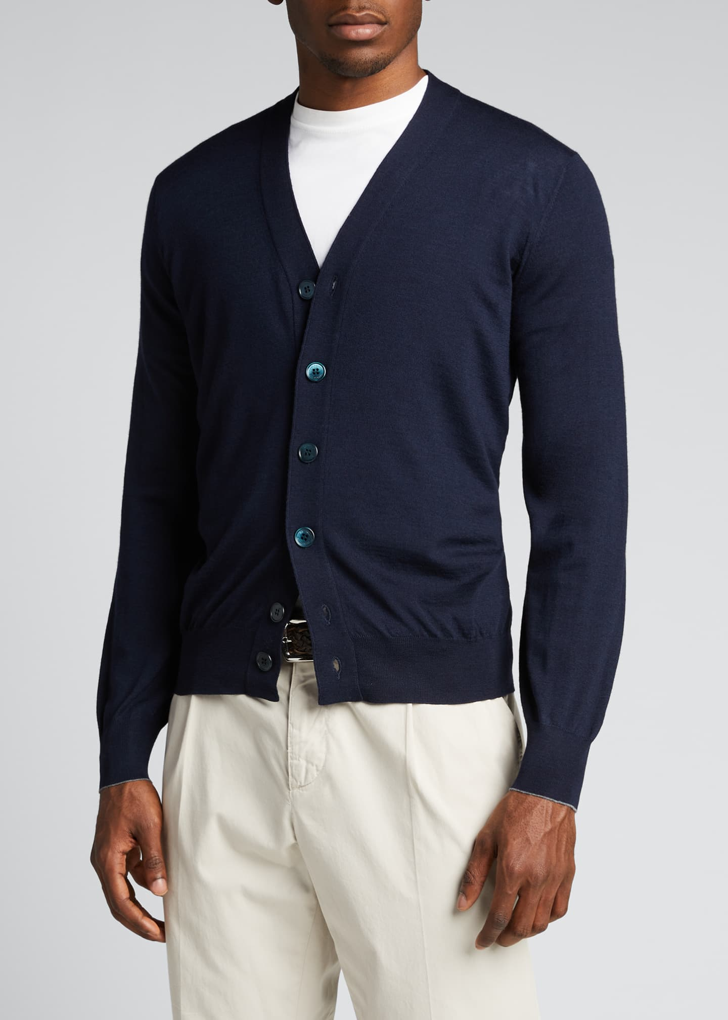 Image 3 of 5: Men's Fine-Gauge Cashmere Cardigan