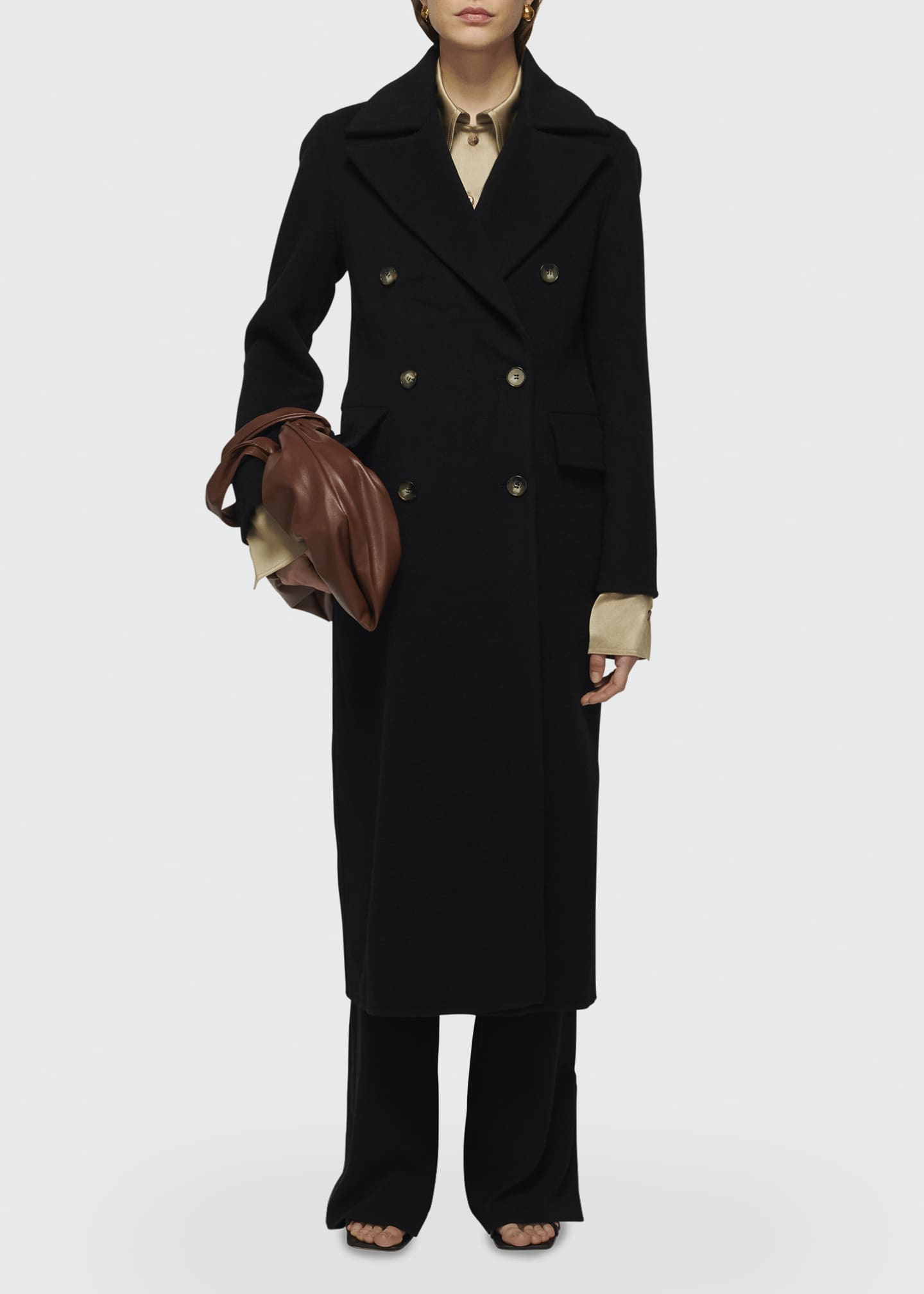 Image 1 of 1: Lana Wool-Cashmere Double-Breasted Coat