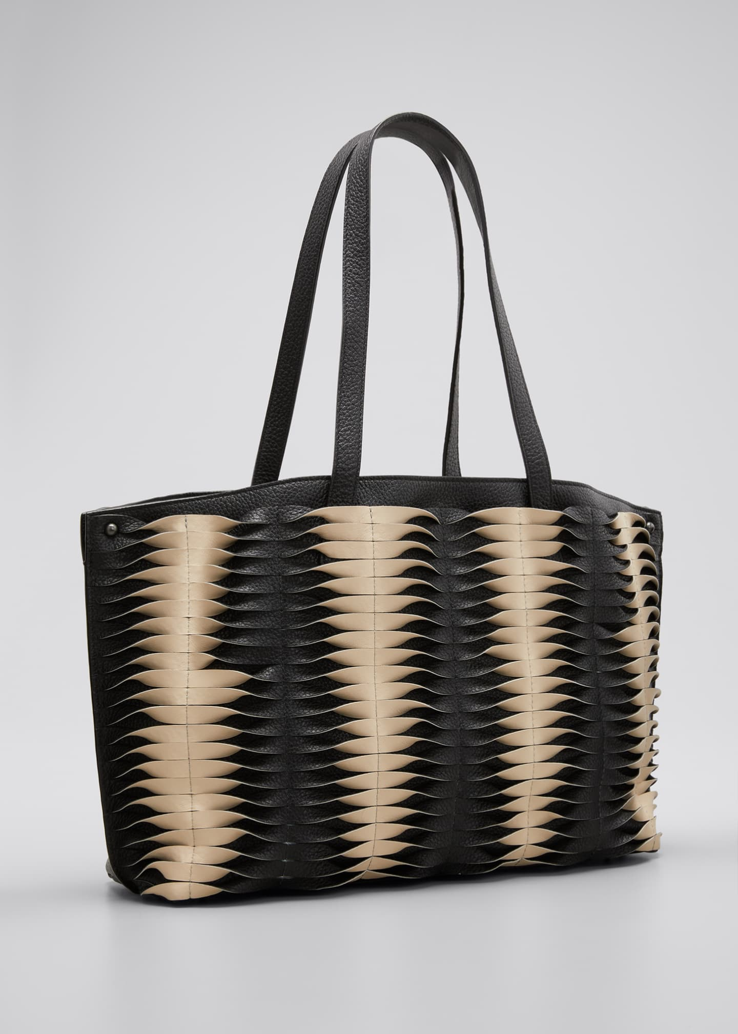 Image 3 of 5: Ai Small Pleats Shoulder Tote Bag