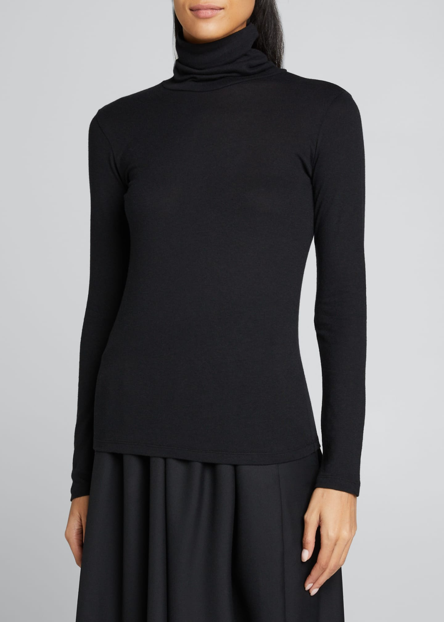 Image 3 of 5: Cotton-Cashmere Long Sleeve Turtleneck Top