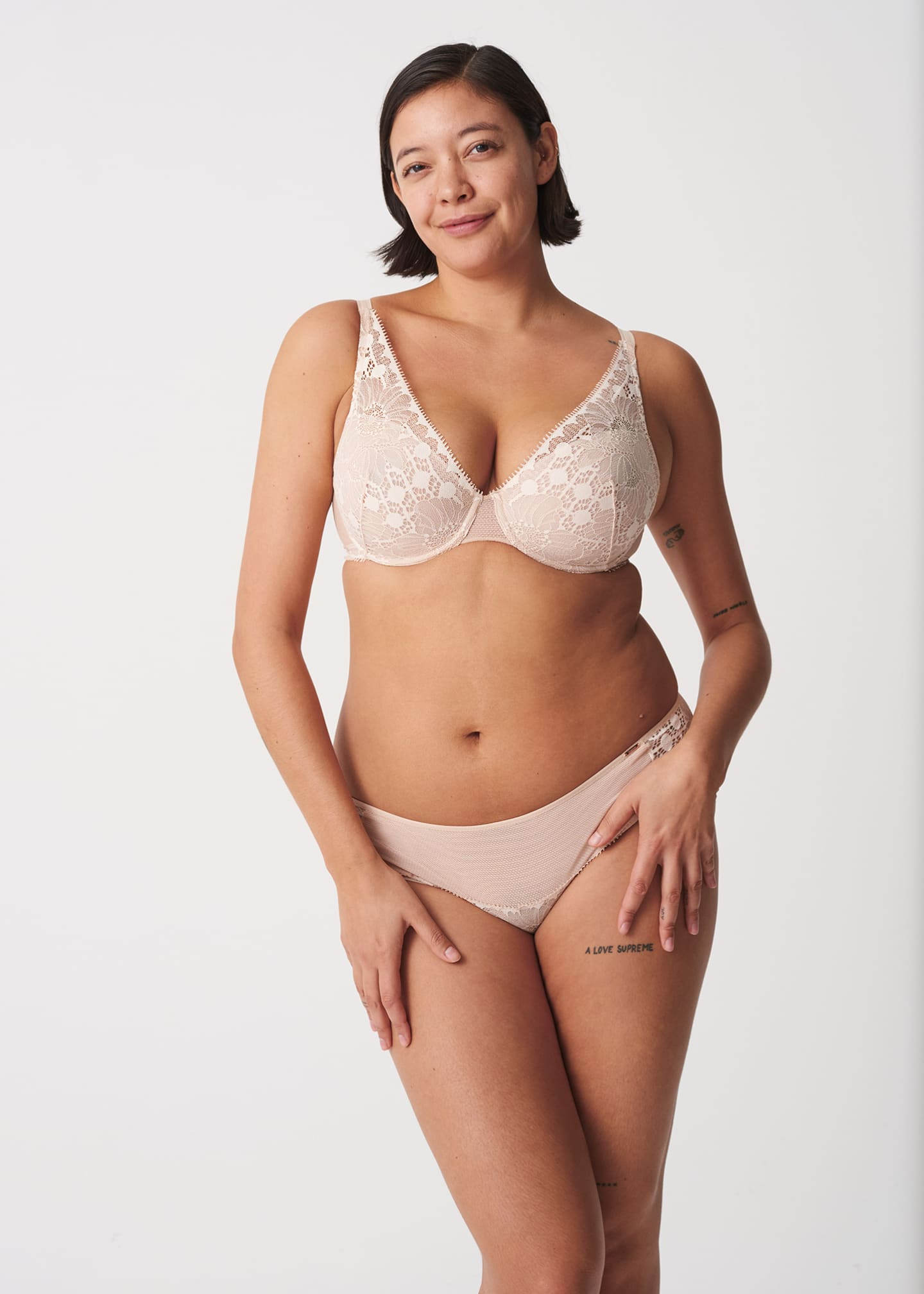 Image 1 of 2: Day to Night Lightweight Lace Plunge Bra