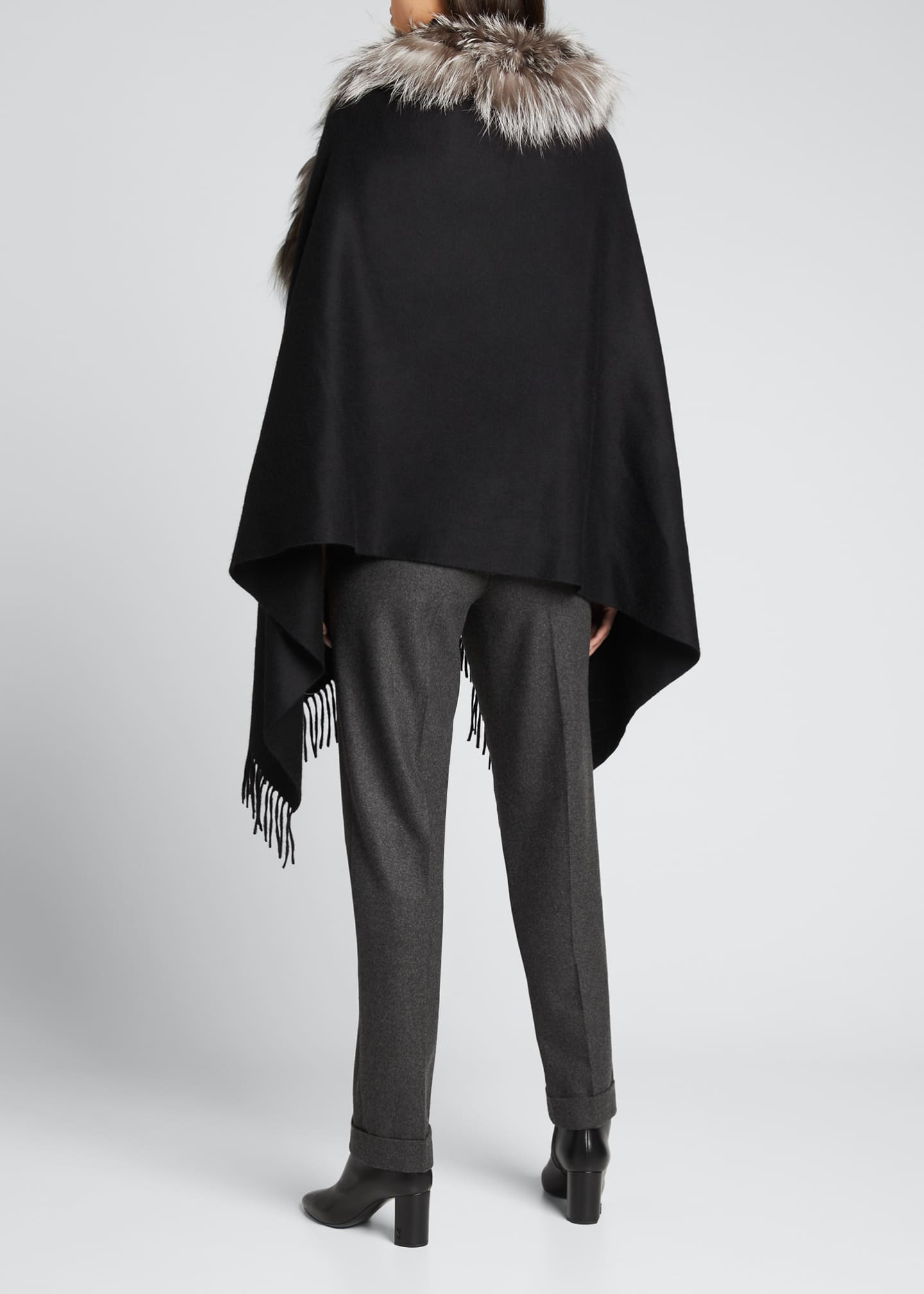 Image 2 of 3: Cashmere Stole With Silver Fox Fur Ruffle