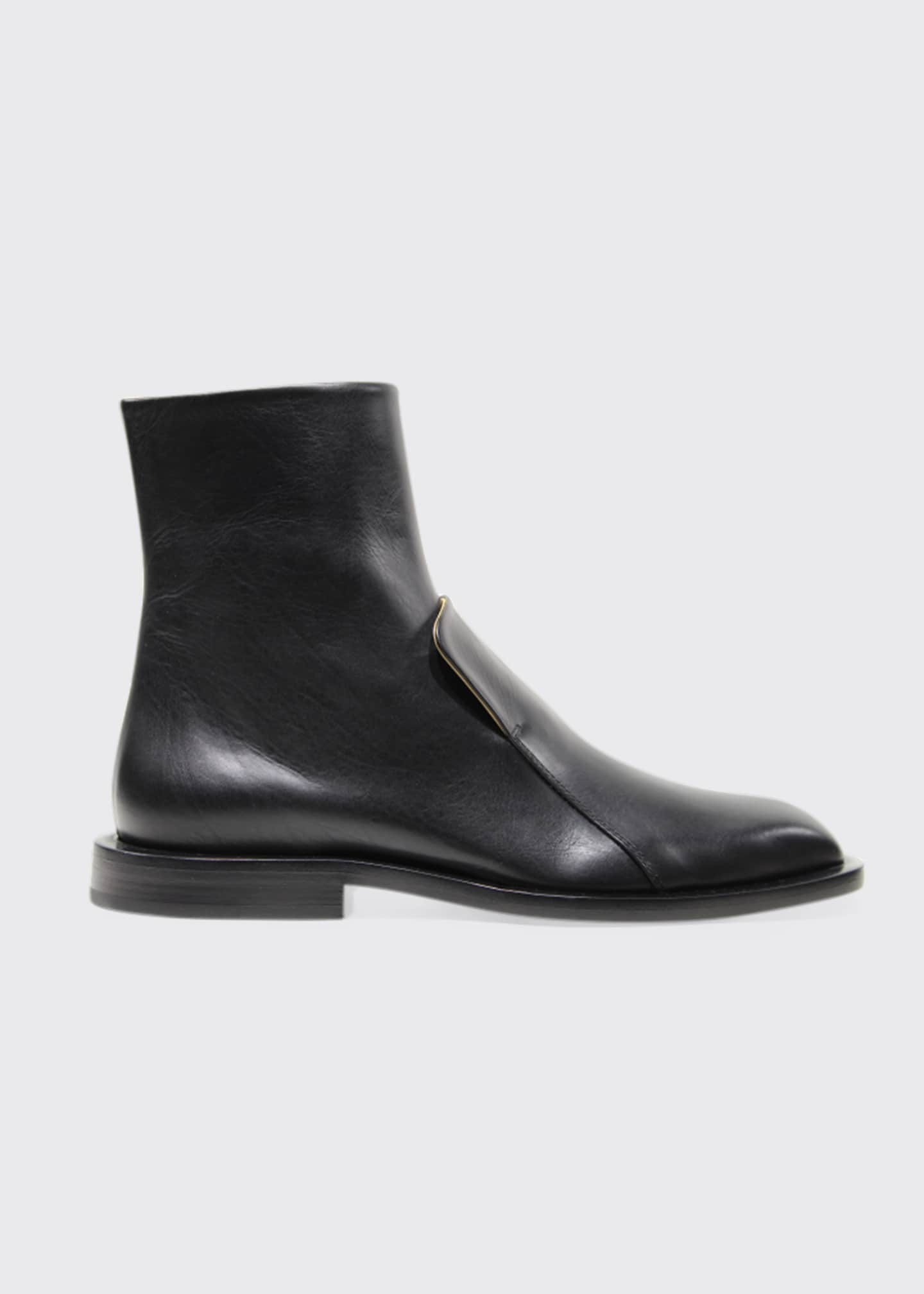 Image 1 of 1: Flat Leather Ankle Boots